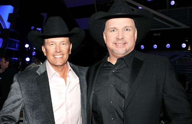 Garth Brooks, George Strait to Perform