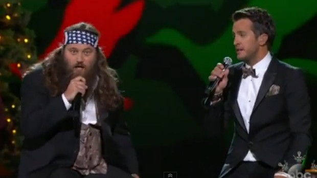 Luke and Willie on CMA Christmas Special